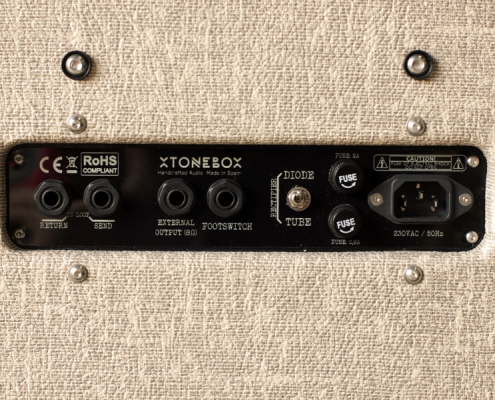 Xtonebox-altavoces